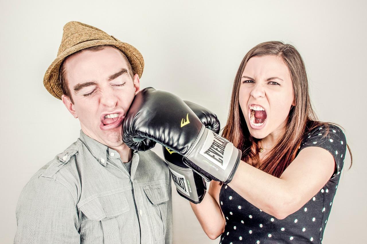 Conflit professionnel: comment trouver une aide juridique?